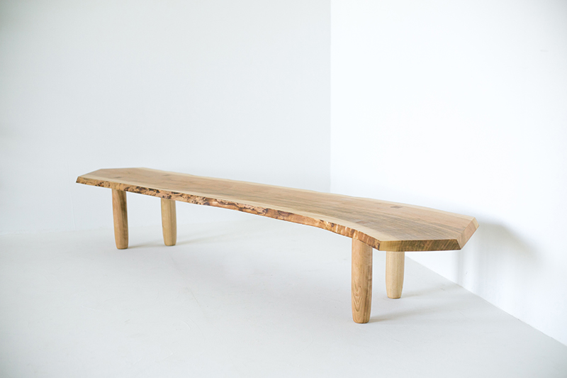 Yamazakura Bench 山桜の長椅子